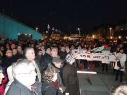 Charlie Hebdo: 500 personnes au rassemblement initié par Osons!